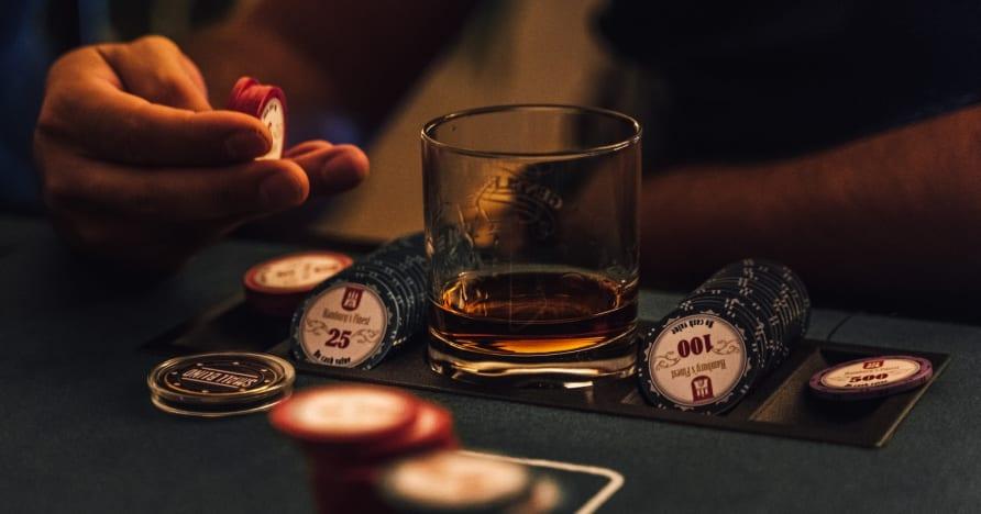 Suosittuja pokerin slangeja selitetty